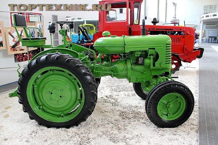 Российский трактор Т-28