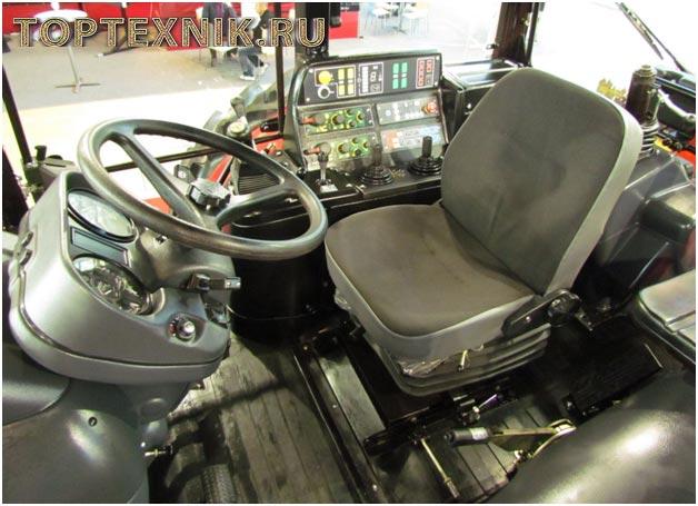 МТЗ-1221 кабина