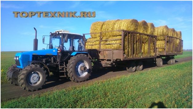 трактор МТЗ-1221 с сеном