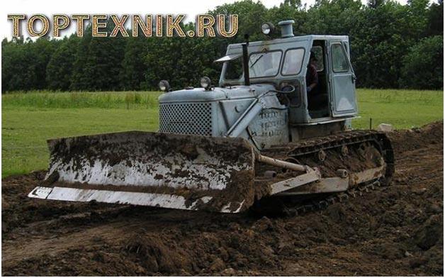 Т-100 на поле