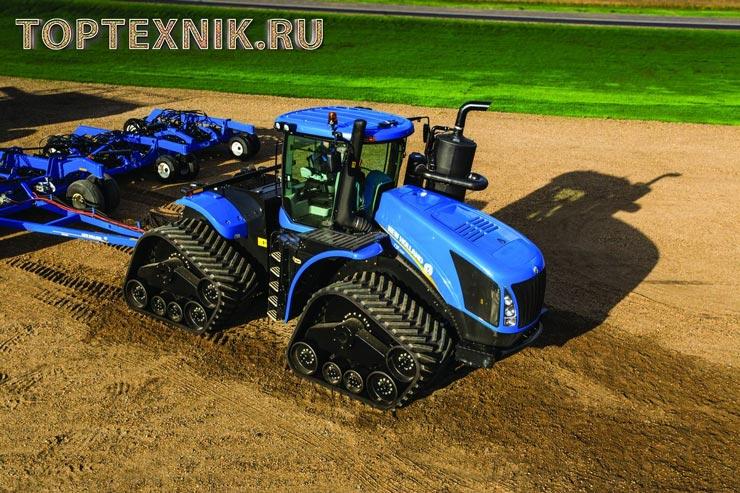 Трактора Нью Холланд в поле